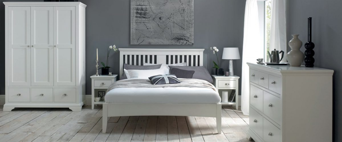 Hampstead White Bedroom by Bentley Designs