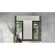 Leah Mirror by Status of Italy
