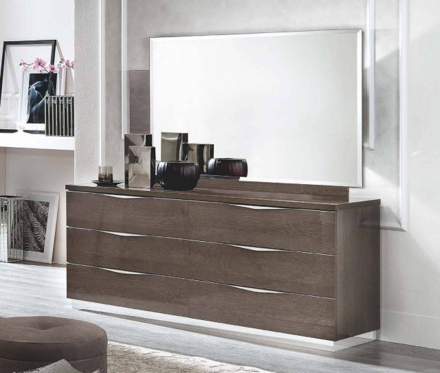 Platinum 6 Drawer Wide Chest by Camel Group